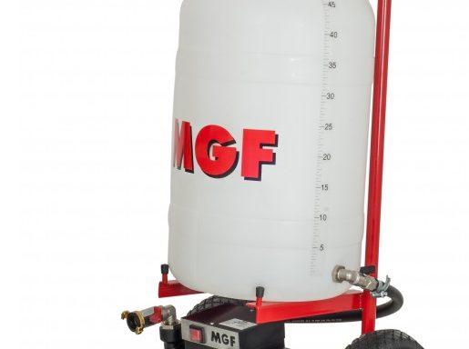 Pompa do napełniania i mycia z systemów ogrzewania wody i techniki solarnej serii TSUNAMI marki MGF.