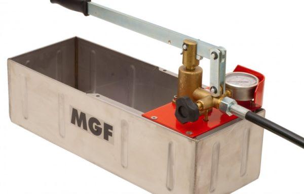 Ręczna pompa do badania ciśnienia z poziomym zbiornikiem inox próby kontrolne do 60 bar i 120 bar